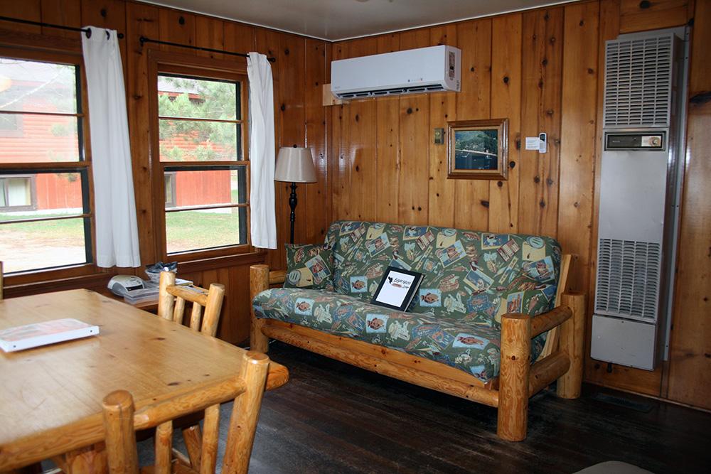 Cabin 8 Livingroom